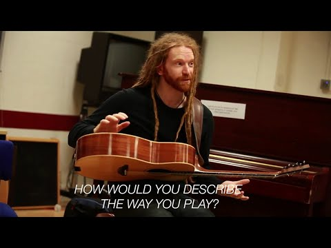 The Percussive Acoustic Guitar Boom – How would you describe the way you play guitar?