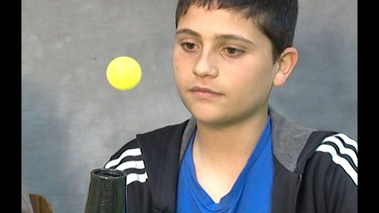 איך לגרום לכדור ולבלון לרחף באוויר?