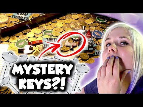 Mystery key coin pusher at Fremont Arcade in Las Vegas!