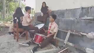 Download Mp3 Latihan Drum Supporter Ala Persija Dan Arema Versi Smp N 1 Kedu