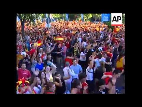Fans celebrate win over Honduras