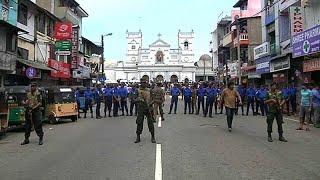 Mehr als 130 Tote bei Anschlägen in Sri Lanka