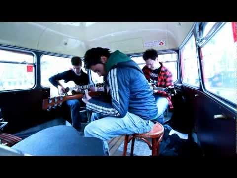Finding Albert live at the Edinburgh Vintage Village Fete [Acoustic]