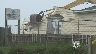 PACIFICA HOME DESTROYED: Crews tear down last remaining home on a Pacifica cliff