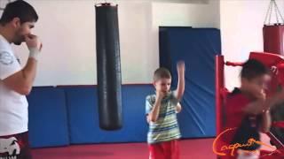 Кикбоксинг тренировка детей с 7 до 14 лет(Кикбоксинг тренировка детей с 7 до 14 лет в фитнес-клубе Cафия. Тренер - Артур Барегян., 2014-12-17T11:12:13.000Z)