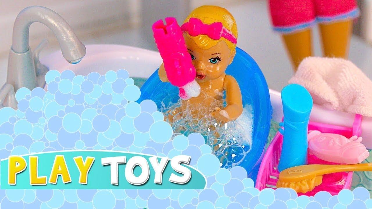 Barbie Baby Doll Play Hide n Seek in Bubbles Glam Barbie Bathroom ...