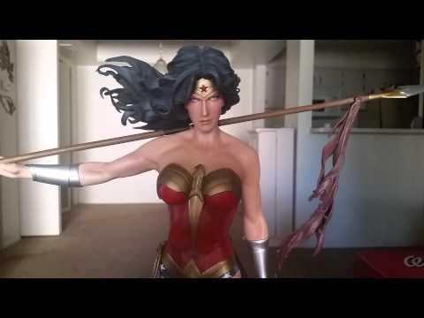 Wonder Woman Premium Format Review