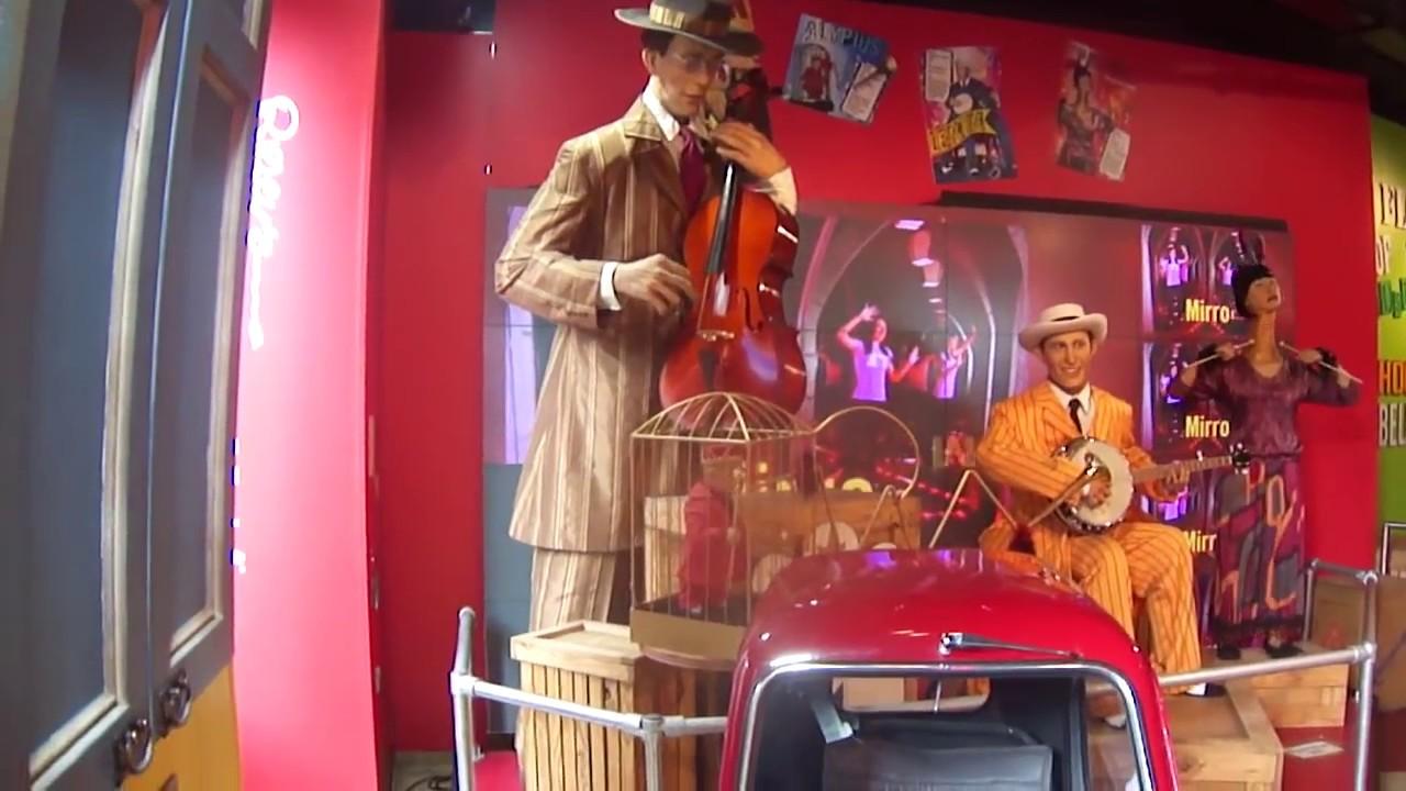 Worlds Tallest man (2.72m) playing a violin- Robert Wadlow - YouTube