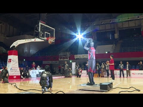 100% accurate basketball-playing robot shows off shooting prowess in Tokyo