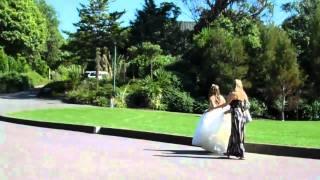 Bride at Hamilton Gardens!