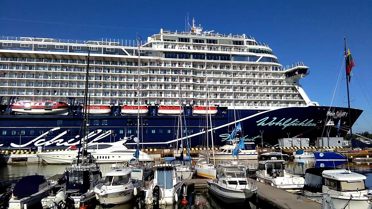 состоял корабли заходят в гавань картинки некоторое время