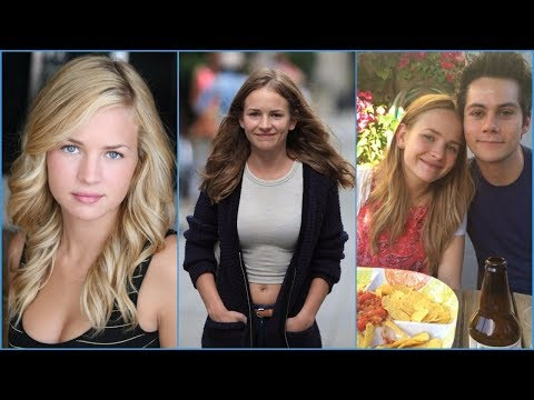 Britt Robertson  Rare Photos  Lifestyle  Family  Friends