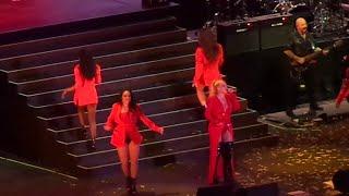 Christina aguilera - Contigo en la distancia y Falsas esperanzas (The X Tour)