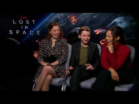 LOST IN SPACE  Mina Sundwall  Maxwell Jenkens  Taylor Russell NETFLIX best prank on set