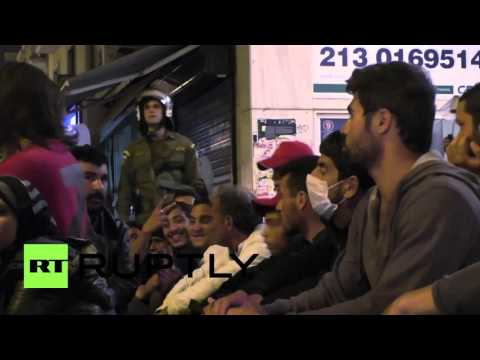 Greece: 35 arrested following refugee protest outside Greek parliament