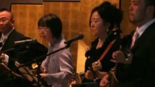 2010.05.14、メンバーのけんすいの結婚祝賀会で演奏しました。 もちろん...