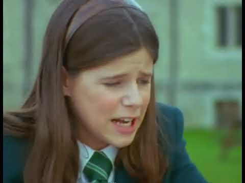 Shirley Holmes : S01E07 : The Case of the Maestro's Ghost