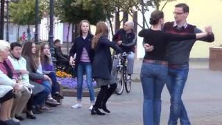 Танго на улице!!! Танго Кумпарсита!