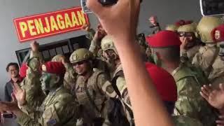 Kopaska • Tinggalkan Ayah Tinggalkan Ibu | Pengukuhan Tiga Pati TNI Sebagai Warga Kehormatan Kopaska