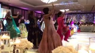 Bhangra Performance at #Aartiswedding