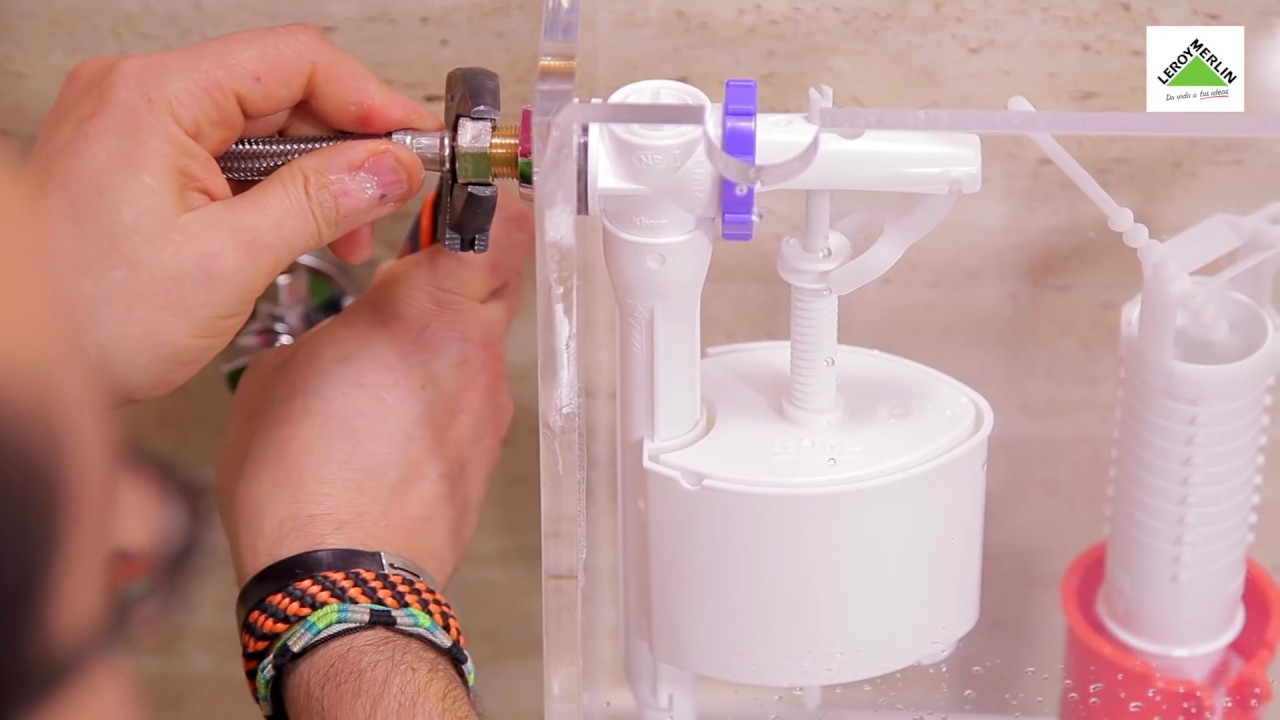 C mo reparar una fuga en la cisterna leroy merlin for Reparar cisterna wc