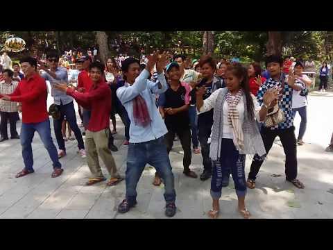 The surprised event at Wat Phnom -  Visit Cambodia