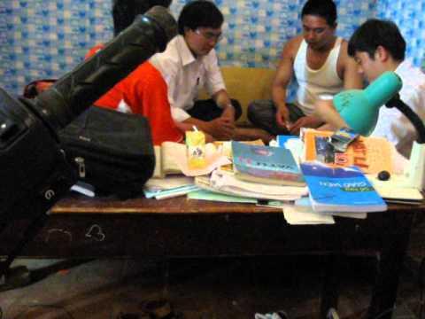 Giáo viên THPT Bình Sơn - Sông Lô - Vĩnh Phúc đánh bạc ngay tại TT trường bằng hình thức 3 cây