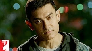 Dialogue Promo | Maskara, Majakiyaan, Vidhushak, Joker, Clown | DHOOM:3 | Aamir Khan