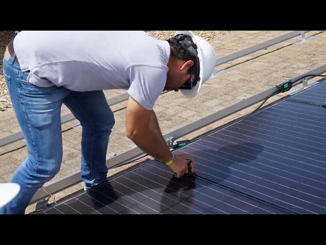 Sistema Solar Conectado a la Red - Techo Inclinado Residencial