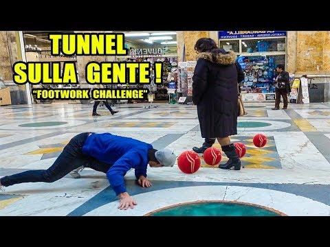TUNNEL tra i PASSANTI a NAPOLI !  sfida FOOTWORK Italia