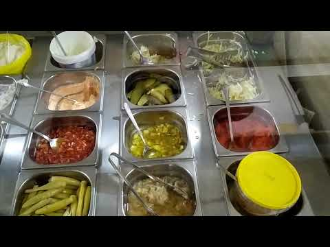 Montenegro Traditional fast food-Plyaskovica,review, Черногория, традиционый фастфуд Плясковица,лол