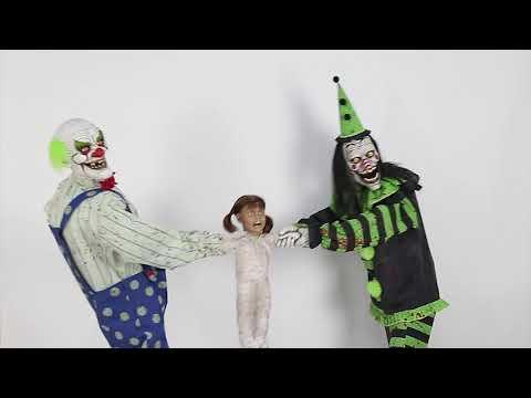 MR124653 Clown Tug O War Animated Prop Bk/Green