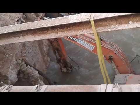excavator in water mian tariq faisalabad 77 gb