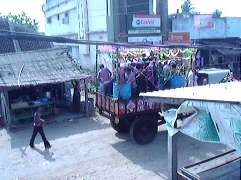 జల బిందెలు  Jala Bimdelu--Mogadaaramma Tirunala - Nizampatnam-Part-1