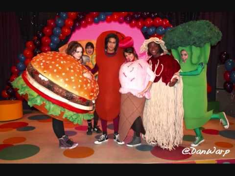 Victorious - The Diddly-Bops, Favorite Food