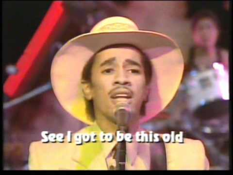 Kid Creole & The Coconuts - No Fish Today (Live)