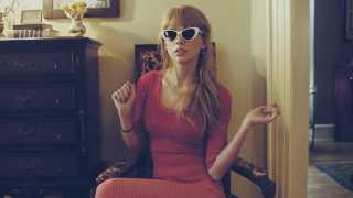 Watch Taylor Swift Starlight video