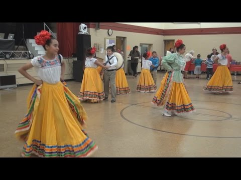 Ballet Folklórico Fiesta Mexicana dances at Holy Name church (Mexican Independence day) 9-11-16
