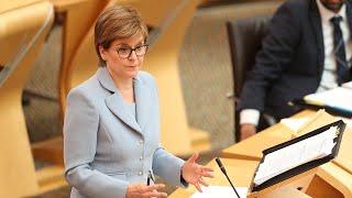 video: Nicola Sturgeon apologises to businesses for poor lockdown communication