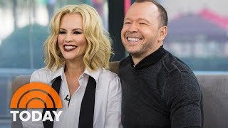 Reality Series Wahlburgers: Jenny McCarthy And Donnie Wahlberg: 'We Put Each Other First' | TODAY Video