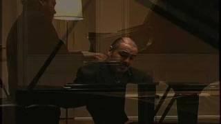 ROBERTO POLI PLAYS CHOPIN WALTZ IN F MAJOR, OP. 34, NO. 3 - LIVE RECORDING