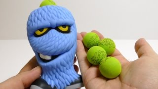 Monsters Squeeze Popper - Foam Ball Shooter Toy