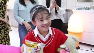 Kpop idols being Na Haeun's fans