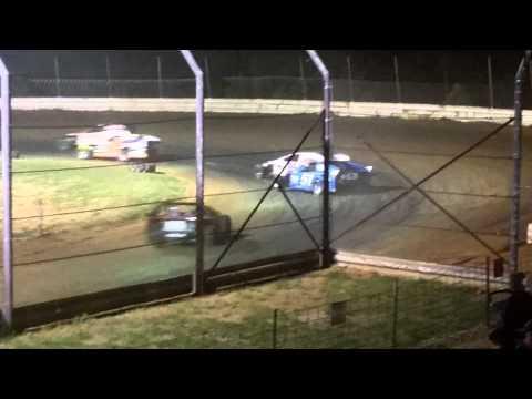 #25 Josh Hauf Feature Doe Run Raceway 7/31/15