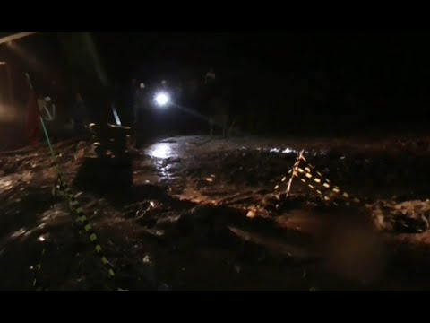 Banjir Lahar Hujan Putus Jalur Penghubung 2 Kecamatan