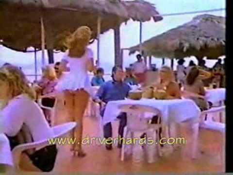 Địa Ốc CÁT VÀNG - Cô gái nhảy đu tụt váy.flv