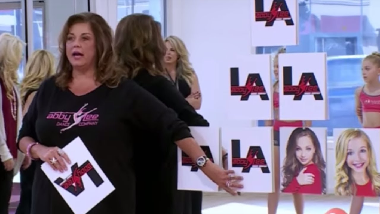 Dance Moms: Abbys Grinch-Iest Moments - One News Page VIDEO