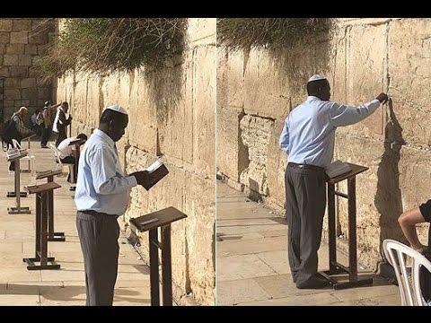 Pictures of Raila 'Joshua' Odinga praying in Jerusalem ignite chatter