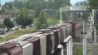 An afternoon on the BNSF mainline in Kent WA, part2, 06-19-2012