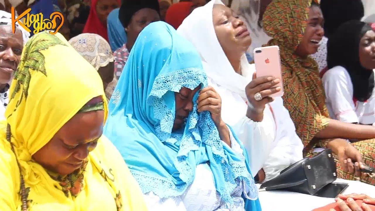 Download Mammoth crowd at Fidau Prayer For Sheikh Yahya Solaty In Ilorin  { AMIR JAISH }